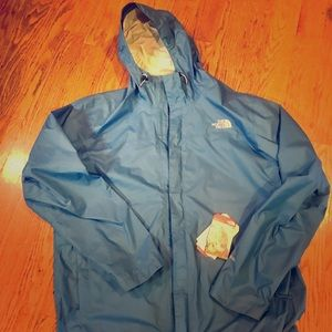 New the North Face venture hyvent 2.5L sz Men's XL